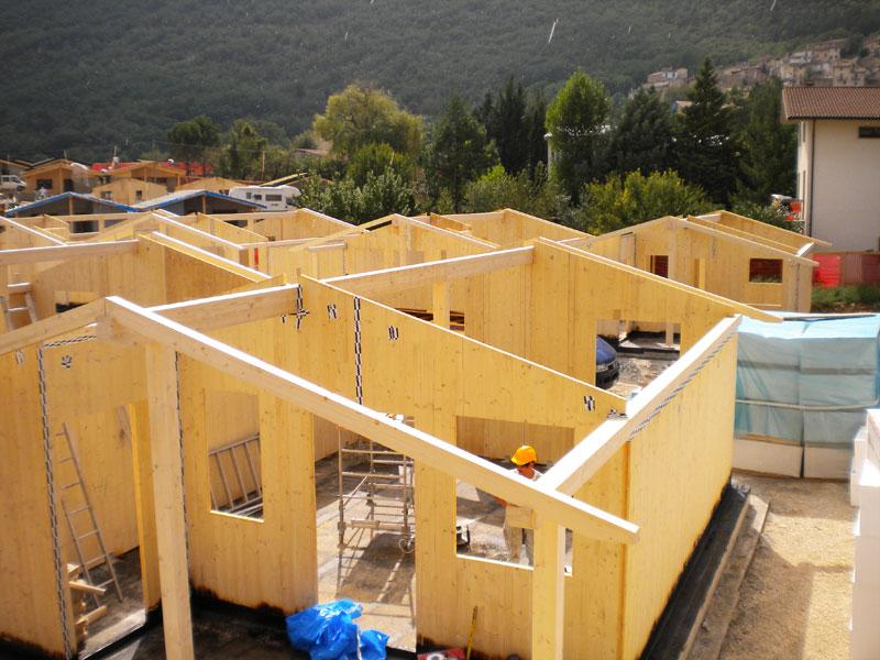 Case in legno tetti in legno costruzioni in legno trento for Costruzioni in legno